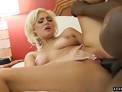 Super Fine White Babe Jenna Ivory Wants Black Cock!