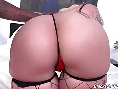 Awesome Lucky B Dallas Starves For Black Cock 2